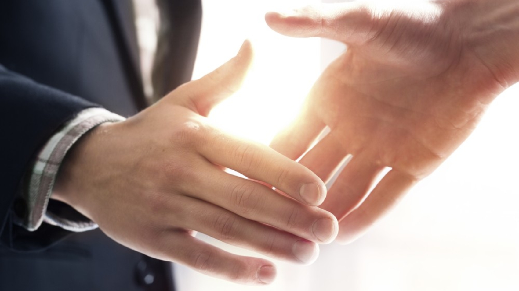 handshake-financial-promises